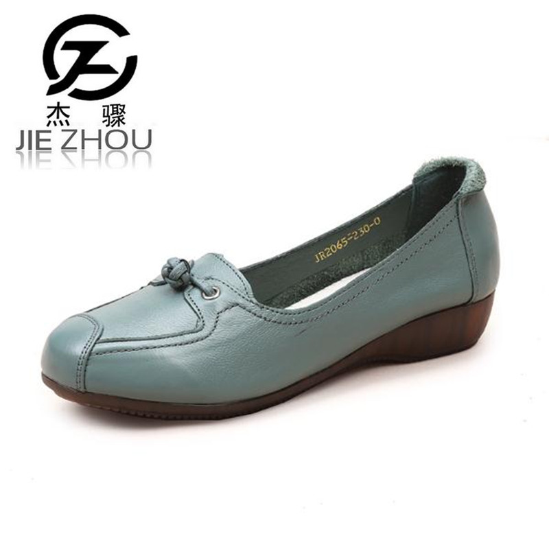 все цены на Spring new soft bottom Genuine Leather Women shoes slope with Round head shallow mouth non-slip work shoes casual slope Heel