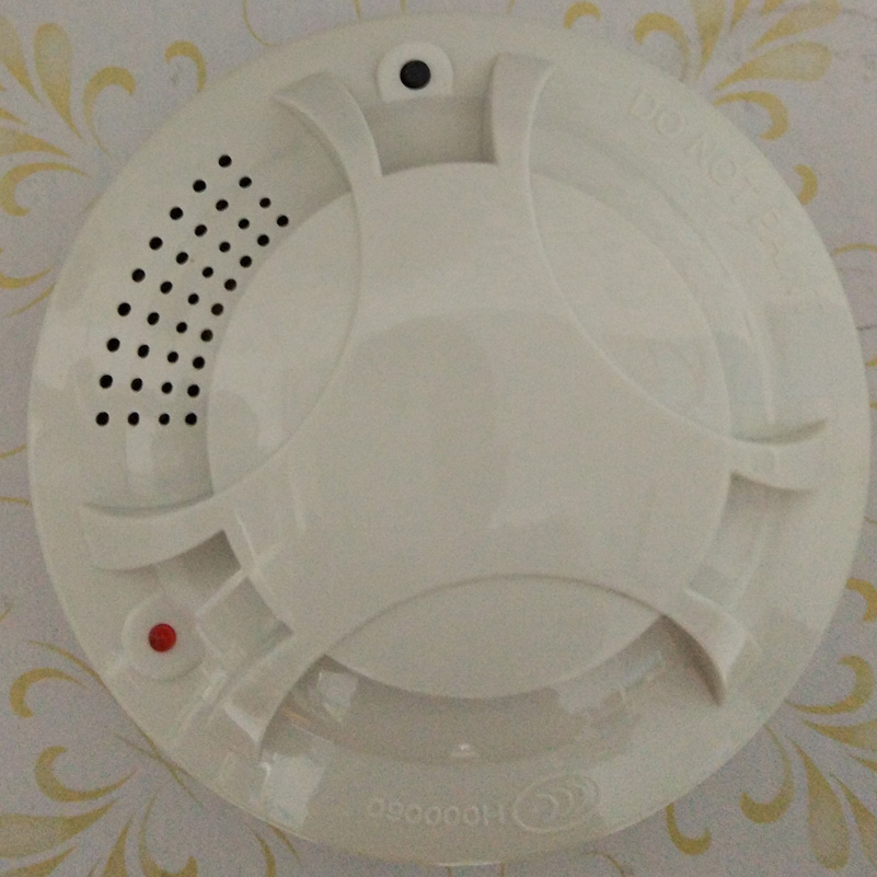 Independent Smoke Optical Smoke Detector With DC9V  Battery