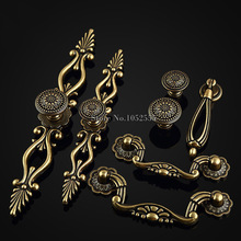 High Quality 20PCS European Classic Antique Furniture Handles Drawer Wardrobe Cabinet Cupboard Door Knobs and Handles elegant and delicate home furniture bedroom mirrored bedside table classic design cabinet with one drawer