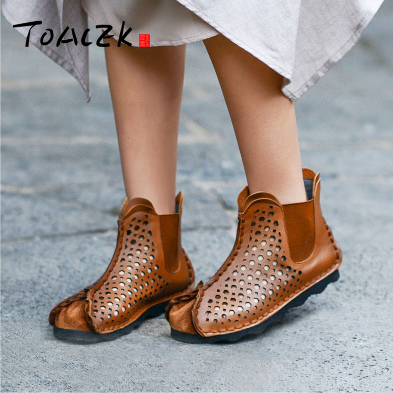 Hand-made sandals, hollowed-out flat comfortable casual cool boots, breathable brit singe shoesHand-made sandals, hollowed-out flat comfortable casual cool boots, breathable brit singe shoes
