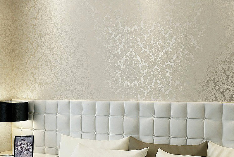 Aliexpress Com Buy Classic Damask Metallic Wallpaper Beige And Pearly White Shimmer Feature Glitter Wall Paper Wallcovering From Reliable Metallic