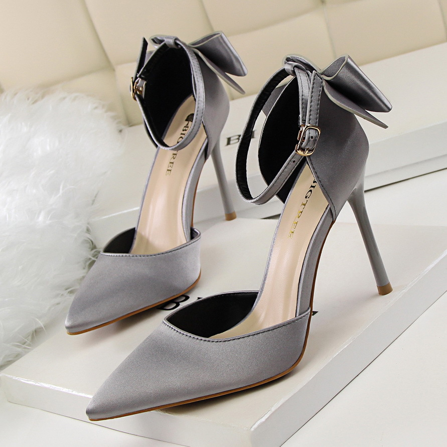 -2017 Summer Autumn Women Pumps Beauty Thin Elegant High Heels Sweet Bow Pointed Satin Silk Sandals Hollow Stiletto Single shoes famiao new 2018 spring autumn women pumps elegant rhinestone silk satin high heels shoes sexy thick pointed single black shoes