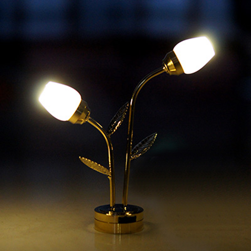 Dollhouse Miniatures Battery Lights: 1 : 12 Miniature Dollhouse Lamps Flower Style Floor Lamp
