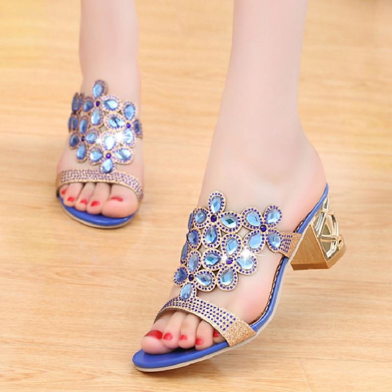 Designer Sandals Women 2018 Ladies Slides Women Slippers Sandals Summer Crystal Shoes Peep Toe Middle Heels Zapatos Mujer