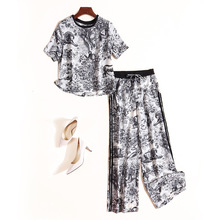 Pant Suits Summer Women's Fashion 2019 New Fashion Casual Printed Round Neck T-Shirt Top + Elastic Waist Wide Leg Pants 2PCS Set [eam] 2018 new summer fashion tide black o neck short sleeve loose striped t shirt and elastic waist wide leg pants set sa055