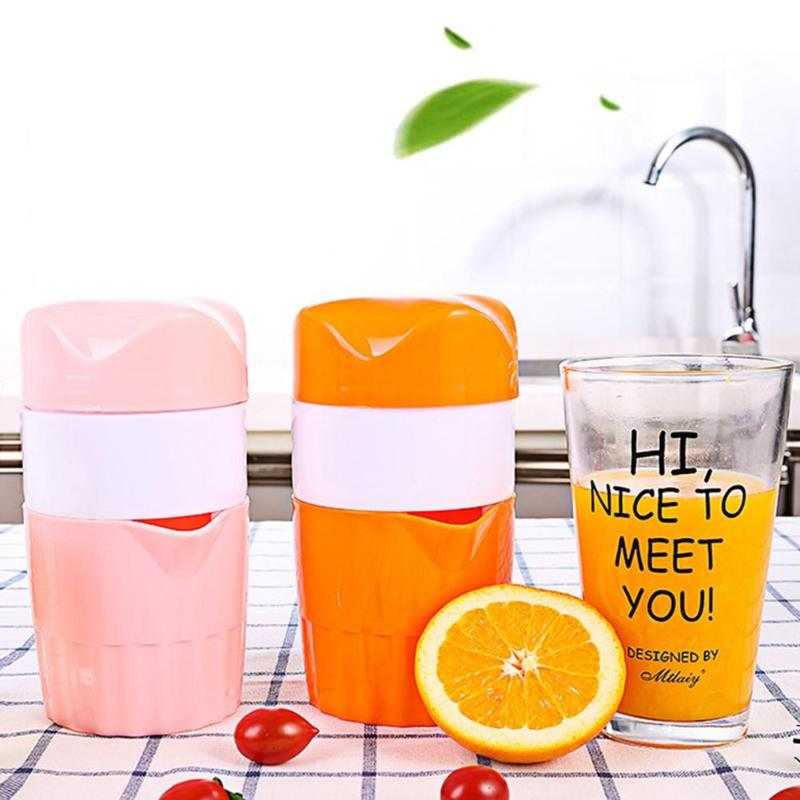 Household Portable 300ml Manual Lemon Juicer Mini Strawberry Orange Citrus Fruit Squeezer Fruit Coffee Cup mini fruit juicer manual stainless steel fruit lemon orange lemon squeezers household fruit tool mini citrus lime juice maker