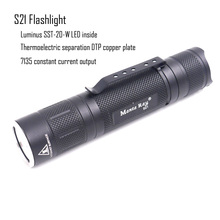 Manta Ray S21 negro led linterna antorcha, con Luminus SST 20 W emisor LED, tablero DTP de cobre, funciona con batería 21700 o 18650