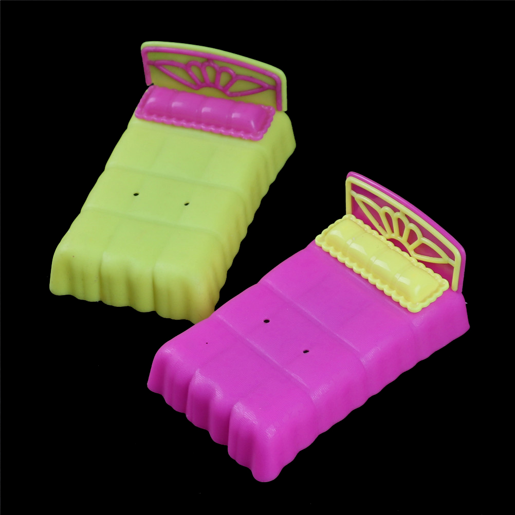 New Doll Bed For For   Sister Krissy Dollhouse Miniature Furniture Dolls Accessories Dollhouse Bedroom Decor Color Randomly