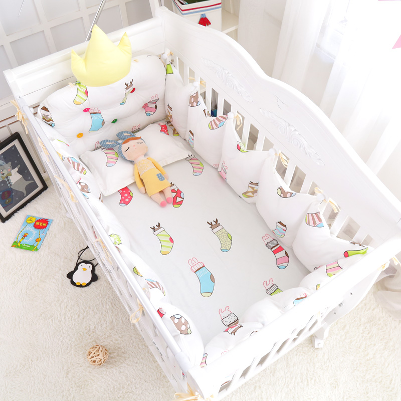 7pcs Multi Color and Size Baby Bed Cotton Accessories Cute Santa Socks Baby Bedding Set Around Crib Crown Bumpers Bedclothes