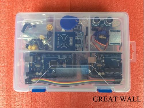 Starter Kit pour UNO r3 avec MEGA 2560/Lcd1602 I2C/Hc-sr04/Sg90/HC-SR501/RC522/ dupont câble dans la boîte en plastique