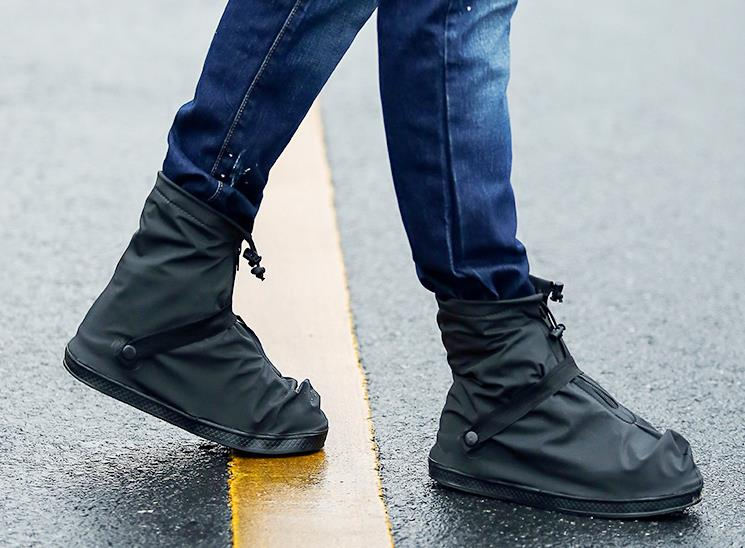 Unisex 25.5-32cm Black and Transparent Reusable Rain Shoe Covers Flat Waterproof Overshoes Anti-slip Rain Boot Gear