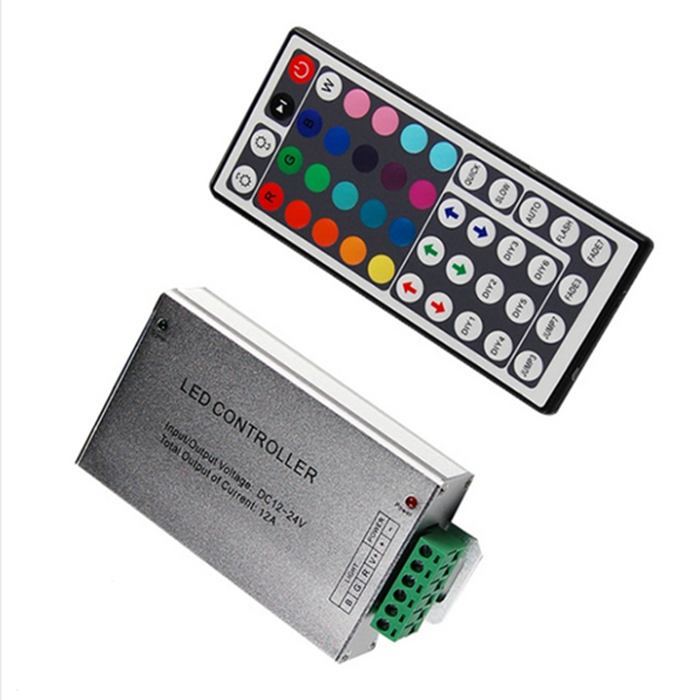 Aluminum alloy DC12V - 24V 12A Led IR RGB Amplifier for 3528 5050 LED Strip Power Repeater Console remote Controller dc12v 24v led rgb rgbw amplifier aluminum 24a 3ch 4ch led controller for 5050 3528 led strip light tape power repeater console