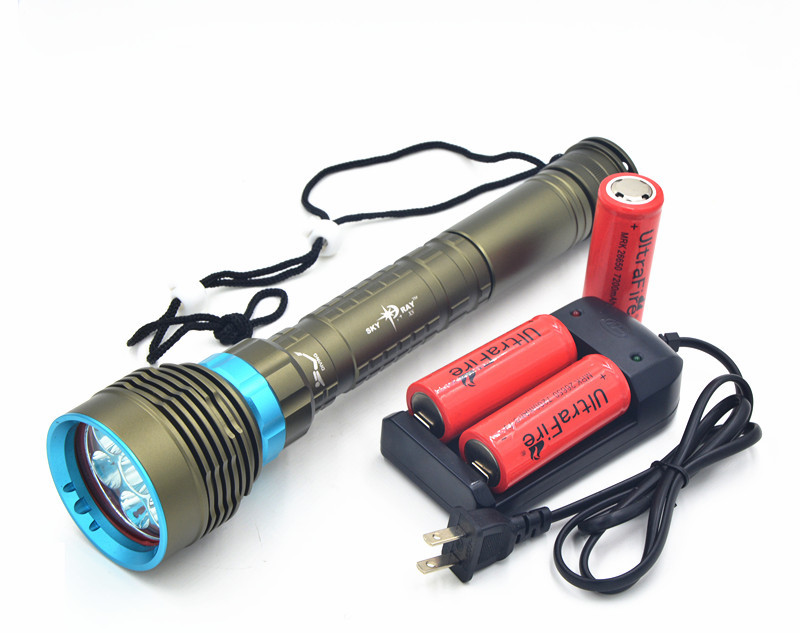 New 10000 Lumen Underwater Flashlight 7 x XM-L2 LED Scuba Diving Flashlight Diver Torch Light 26650 Lanterna with Charger new power 18000 lumen underwater flashlight 7 x xm l2 led scuba diving flashlight diver torch light have 3x18650 and charger