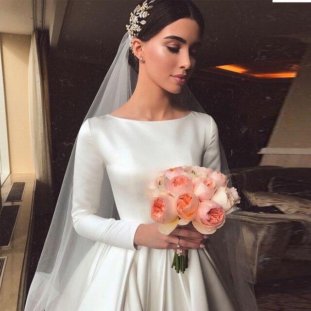 Vintage White Ivory A-line Wedding Dresses Long Sleeves Royal Satin Bridal Gowns Castle Garden Bridal Dresses Custom Made