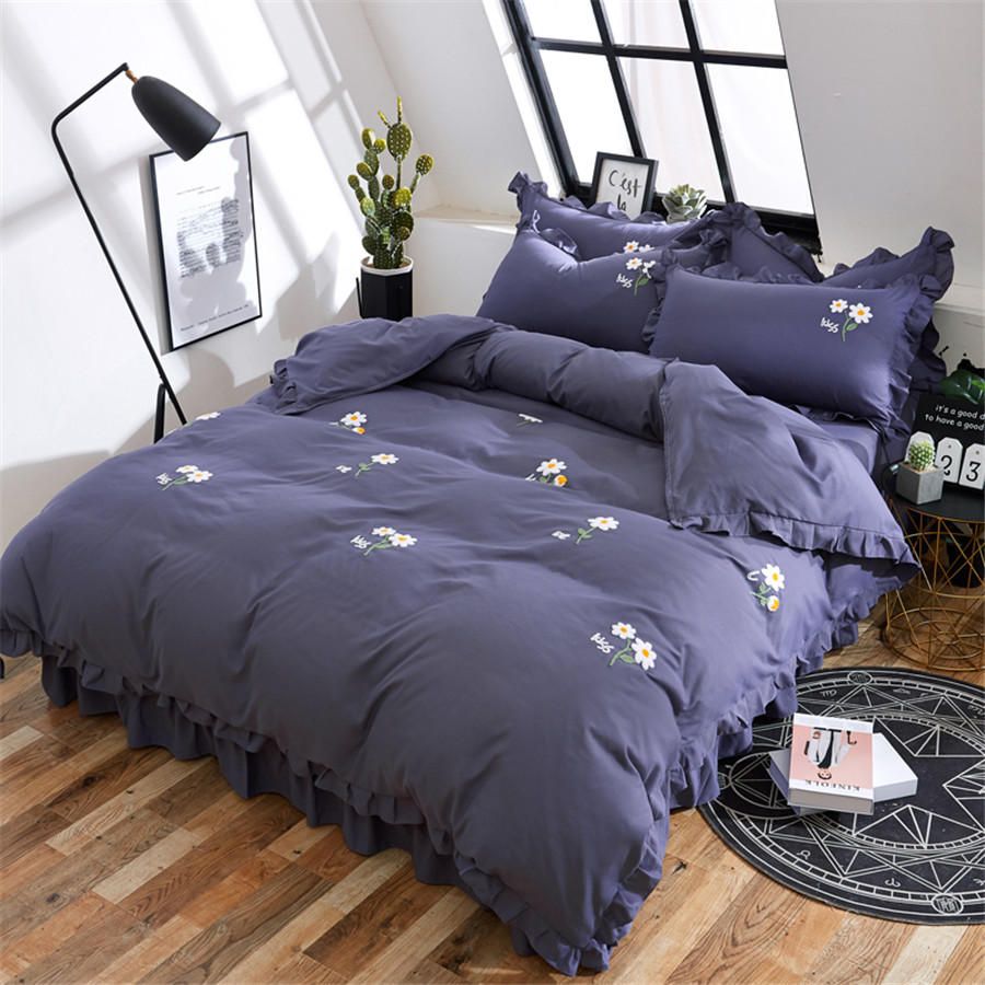 Towel embroidery Pure color Bedding Set Soft Bedclothes Luxury Duvet Cover sheet Pillowcase 4pcs kid/adult/girl princess styleTowel embroidery Pure color Bedding Set Soft Bedclothes Luxury Duvet Cover sheet Pillowcase 4pcs kid/adult/girl princess style