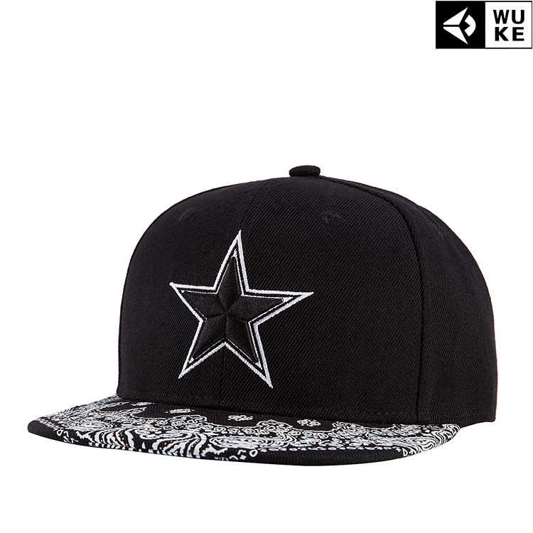2018 fall and winter style five-pointed star embroidery flat hat sliding plate baseball cap Hip Hop Cap Hats for men black cap fine three dimensional five star embroidery hat for women girls men boys knitted hats female autumn winter beanies skullies caps