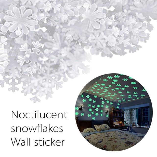 2018 New 50PCS/lot Kids Bedroom Fluorescent Glow In The Dark Snowflake Wall Stickers #NE822