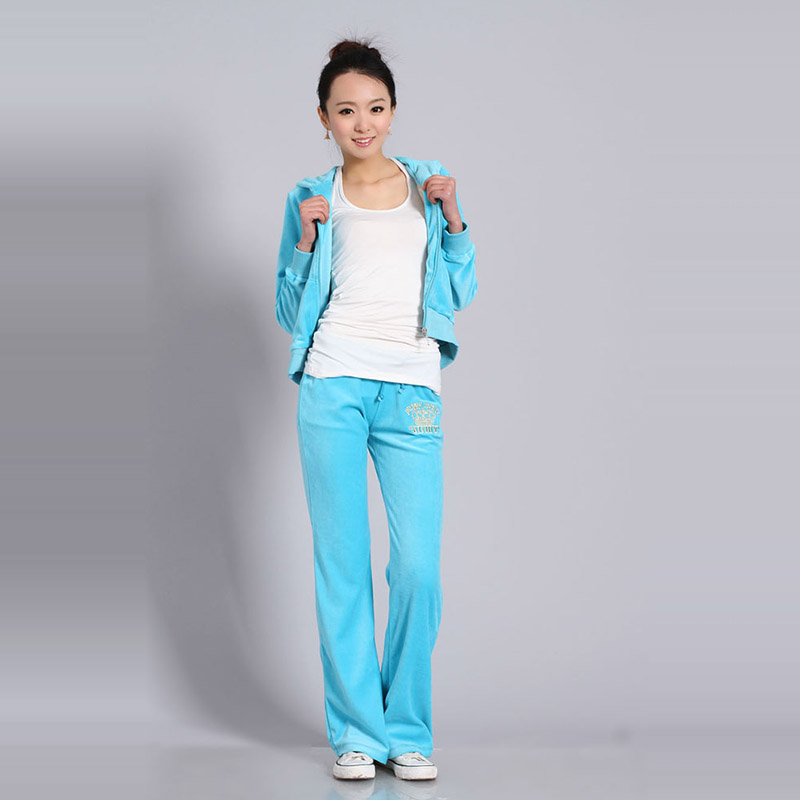 Spring / Fall 2018 WomenS Brand Velvet Fabric Tracksuits Velour Suit Women Track Suit Hoodies And Pants Size S - XXL