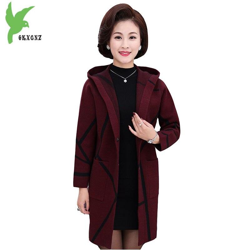 Haute qualité automne femmes tricot chandail nouveau moyen âge femme Cardigan vestes grande taille plus épais mère chandail manteaux OKXGNZ1225