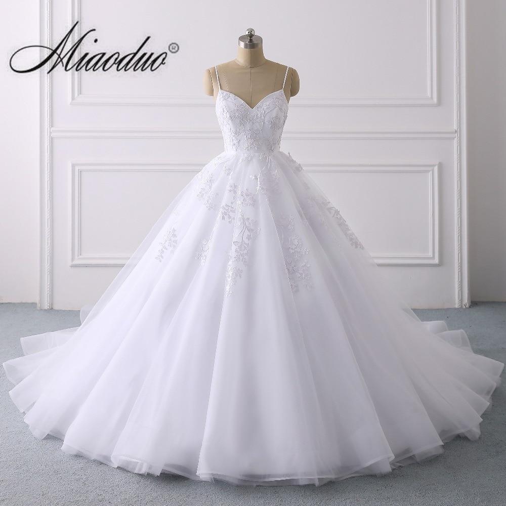 Elegant Lace Applique Ball Gown Wedding Dress 2019 Sexy Spaghetti Straps Princess Bridal Gown Vestido de