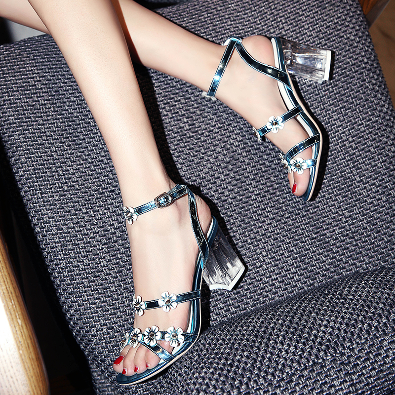 ФОТО New Sweet Flower Rivet Glass Slipper Sqaure High Heels 8cm Ankle Strap Sandals For Women Party Dress Handmade Leather Shoes