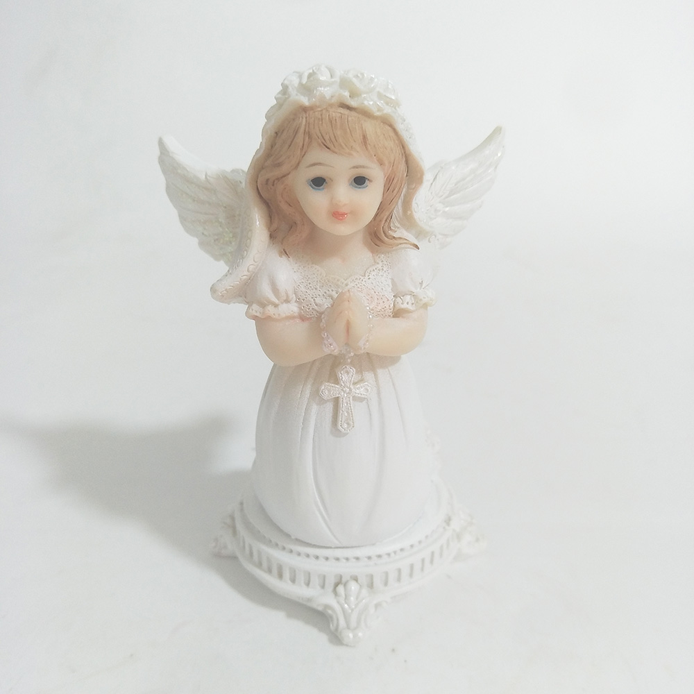 11*7*6cm Christian Catholic First Holy Communion Kneeling Prayer Small Angel Statue Decoration For Girl