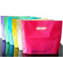 100 ピース小大ビニール袋紫赤ジュエリーブティックのギフトバッグハンドルプラスチックショッピングバッグとギフト包装 ba