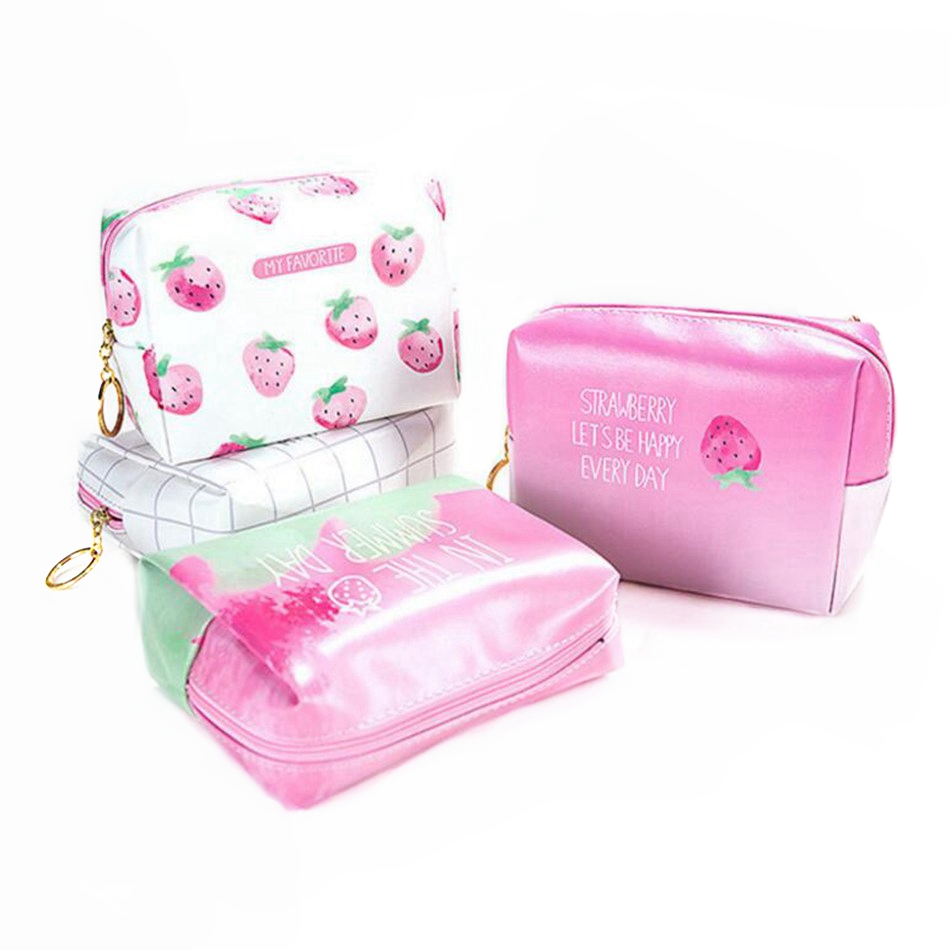 Large Capacity Strawberries Cosmetic Bag Necessaire Cute PU Make Up Bag Women Travel Bag Zipper Toiletry Kit