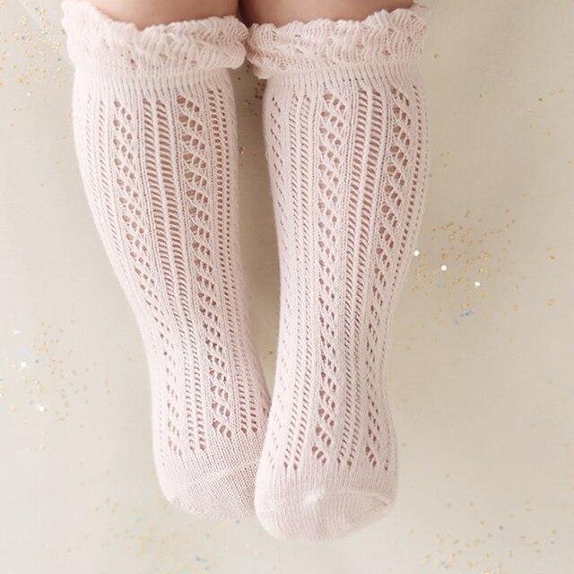 5827d6dc6f2 Enfant en bas âge bébé fille chaussettes hautes antidérapantes maille  chaussettes respirantes 1-24 mois