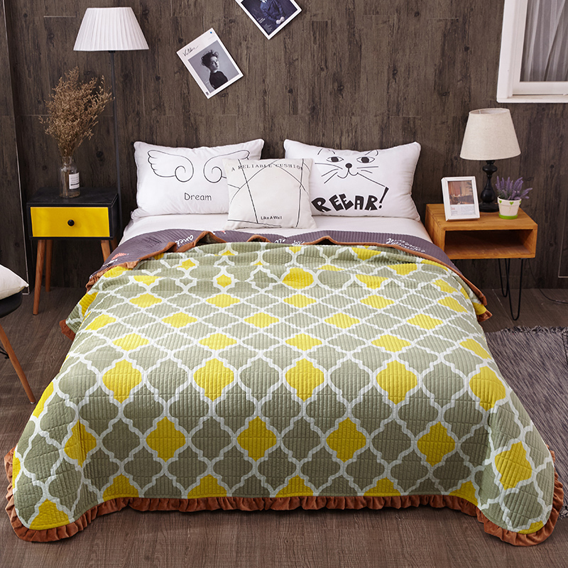 Queen size Quilt Set Bedspread Coverlet Soft Plush Reversible All-Season Quilt Bed cover set Ruffled Edge Bed spread Sofa cover