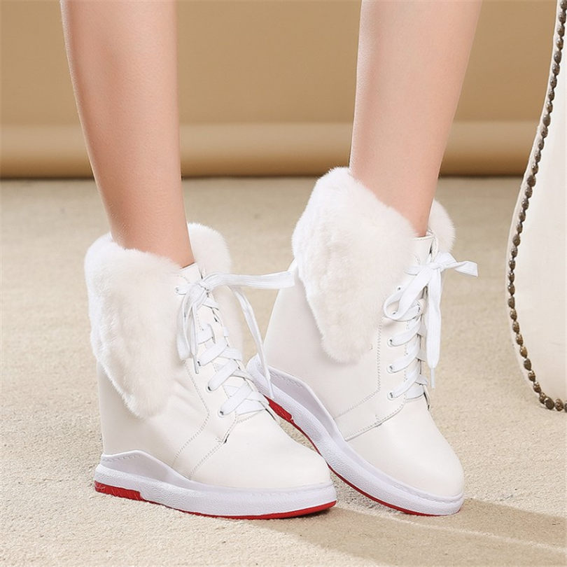 NAYIDUYUN 2019 Winter Warm Shoes Women Genuine Leather Round Toe Wedges Ankle Boots Wedges High Heel Rabbit Fur Platform Pumps все цены