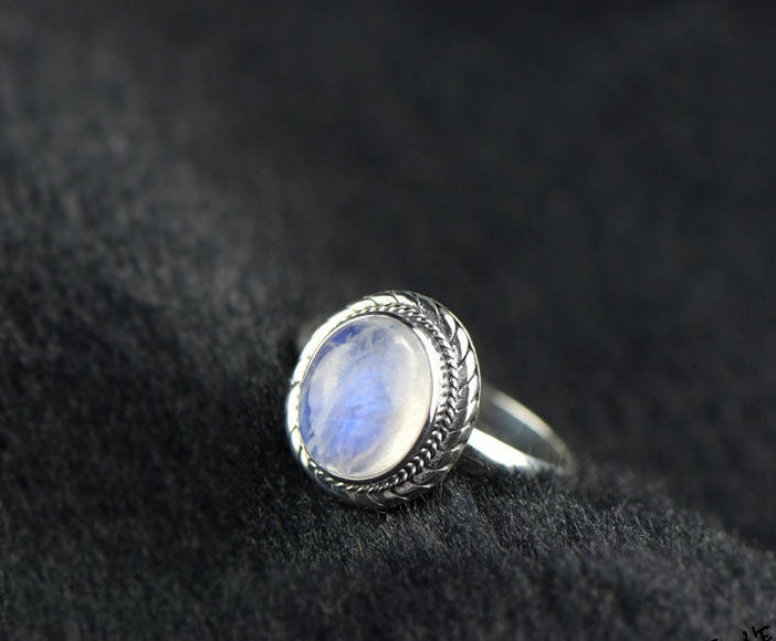 925 Sterling Silver temperament generous Sri Lanka natural moonlight stone ring цена