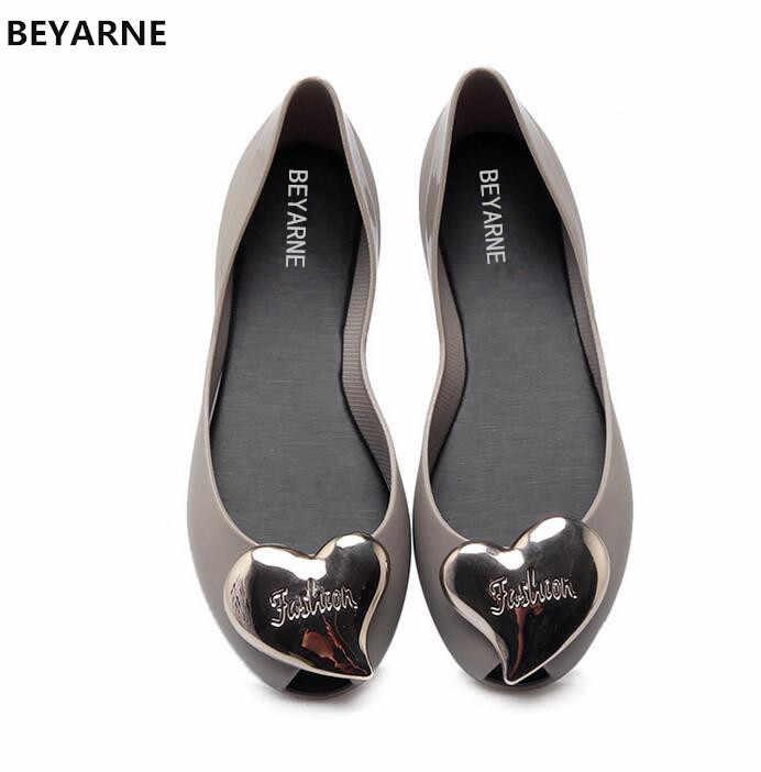 308f5aa75d5d BEYARNE new woman jelly shoes fish mouth lady flat rain sandals women  student summer beach sandals