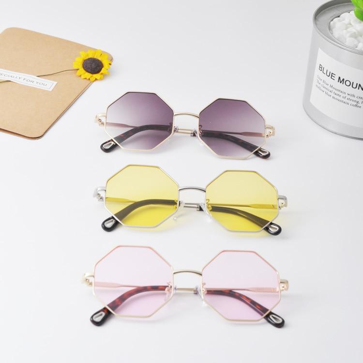 2018 Zomer Kids Zonnebril Polygonal Vormige Baby Meisjes & Jongens Uv400 Zonnebril Anti-reflecterende Lens Goud Been Leuke Oculos N74