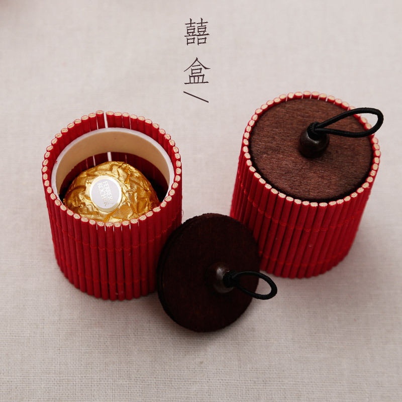 2014 New Wedding Favors Gift Box M Vertical Red Wooden Scenery