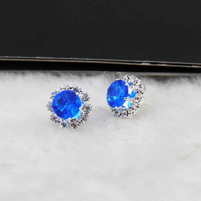 Korean version of the new best selling earrings claw flowers round earrings temperament female jewelry wholesale