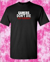 GAMERS DONT DIE THEY RESPAWN T-Shirt. Gamer Gaming Funny PS4 Xbox Atari Gift New T Shirts Tops Tee Unisex