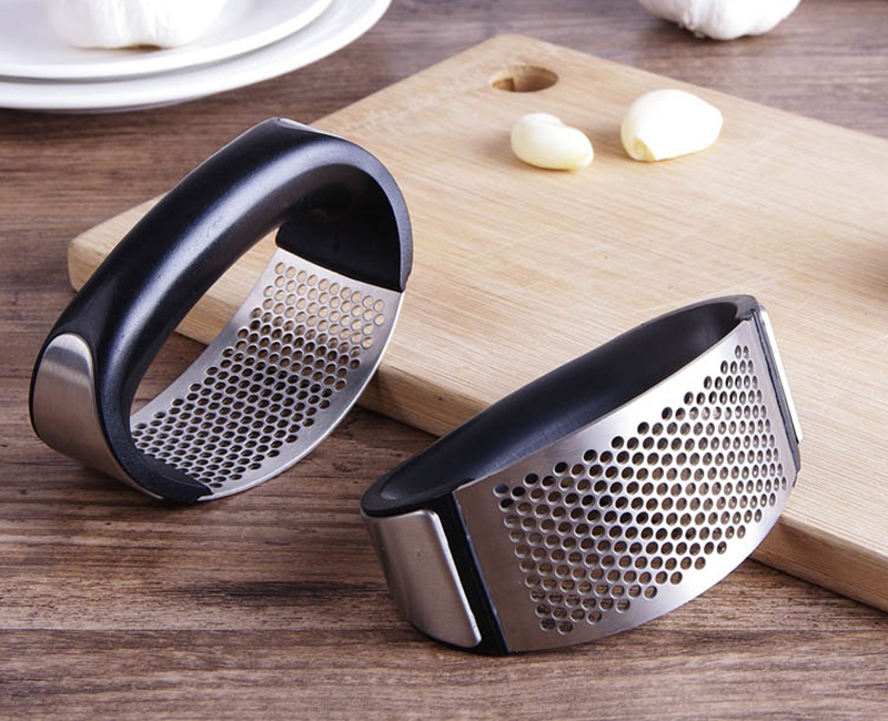 Metal Garlic Press Creative Garlic Chopper Mincer Hand Press Garlic Ginger Onion Crusher Slicer Grater Kitchen Accessories (8)