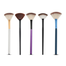 1pc Soft Nylon Hair Large Fan Makeup Brush Big Fan Shape Face Blush Powder Foundation Cosmetics