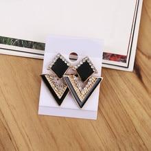 2017 New Arrival Luxury Triangle Crystal Stud Earring For Women Vintage Fashion Earrings Summer Jewelry
