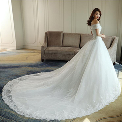 LOVSKYLINE Luxury Bling Wedding Dresses 2018 Ball Gown Long Tail Ivory Embroidery Lace Edge Short Sleeve 2