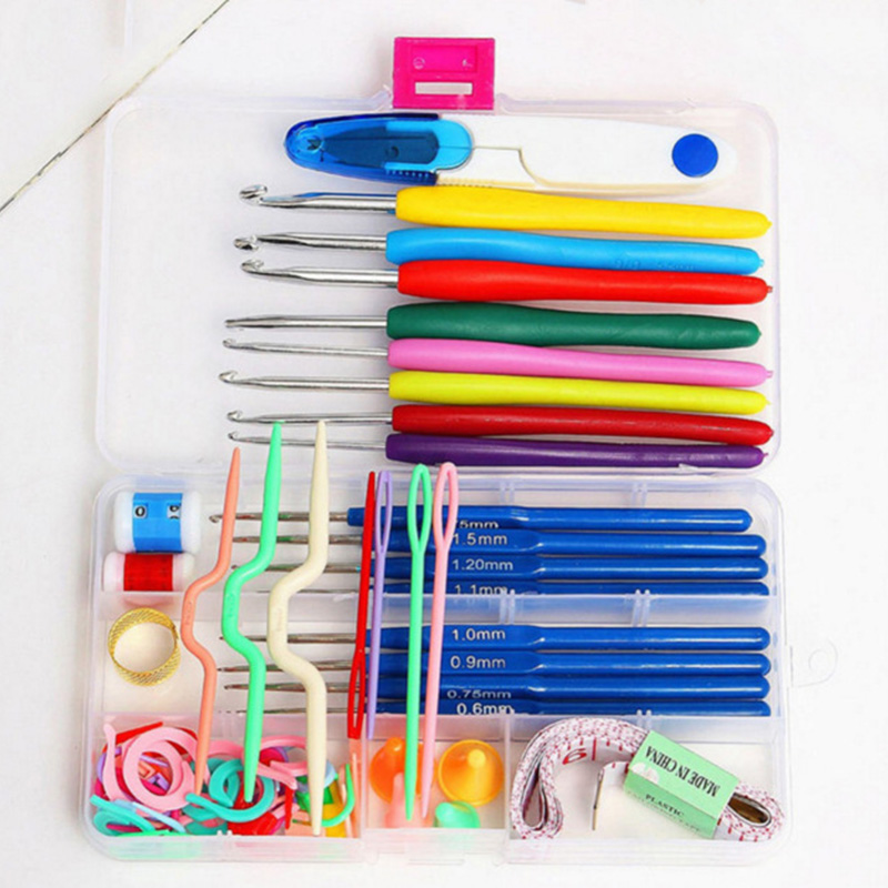 Durable and practical 16 Different sizes Crochet hooks Needles Stitches knitting Craft Case crochet set in