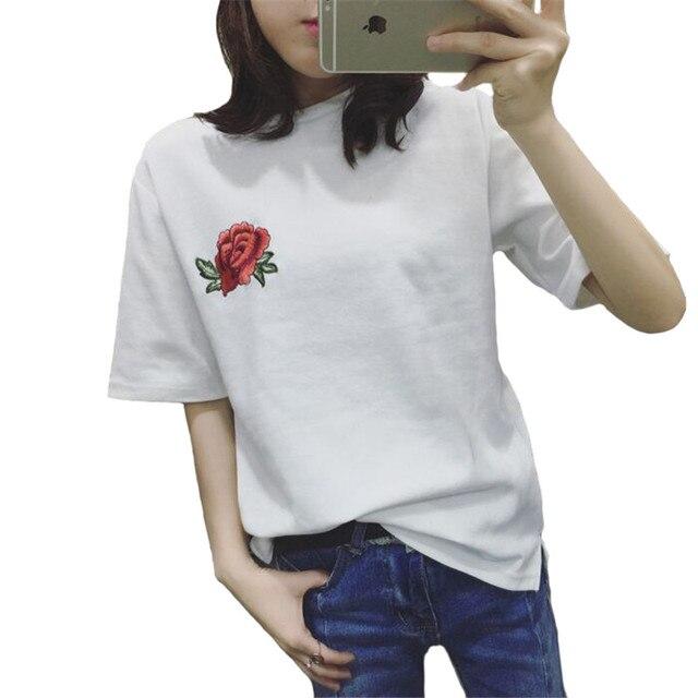 2eeab009fa Short-Manga da Camisa de T Mulher Verão Subiu Bordado BF Estilo T Camisa  Branca