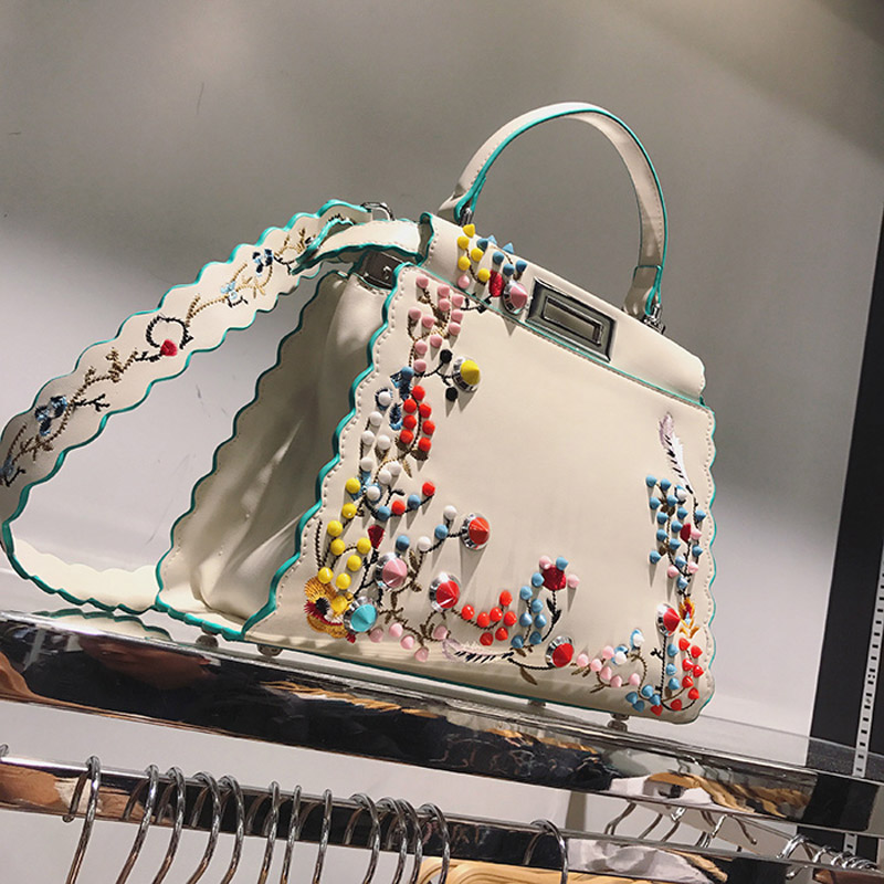 2017 Women Peekaboo Bag Embroidery Brand Designer Tote Big Handbag Shoulder Bags Printing Rivet Waves Luxury Bags Purse