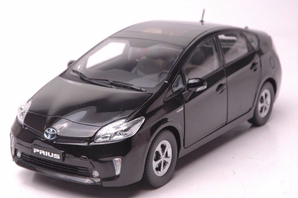 1:18 Diecast Model for Toyota Prius Hybrid 2012 Black Alloy Toy Car Collection Gifts FUV tt tf ths 02b hybrid style black ver convoy asia exclusive