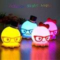 Moda Pulpo de la Historieta de Carga USB LED Luz de La Noche de Los Niños Dormitorio de La Lámpara de Juguete Encantador Regalo de Cumpleaños para Su Novia