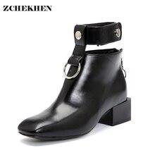 Diseñador de moda de las mujeres de los zapatos de primavera martin botas de cremallera lateral de la vendimia, además de terciopelo matorrales de tacón cuadrado botines de Metal bling