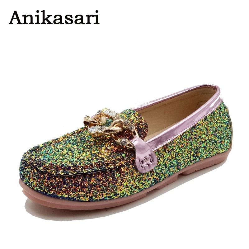 New 2017 Spring Shoes Woman Bling Bling Slip-on Loafers Rhinestone Fashion Women Flats Size 35-40 Ladies Shoes sapato feminino
