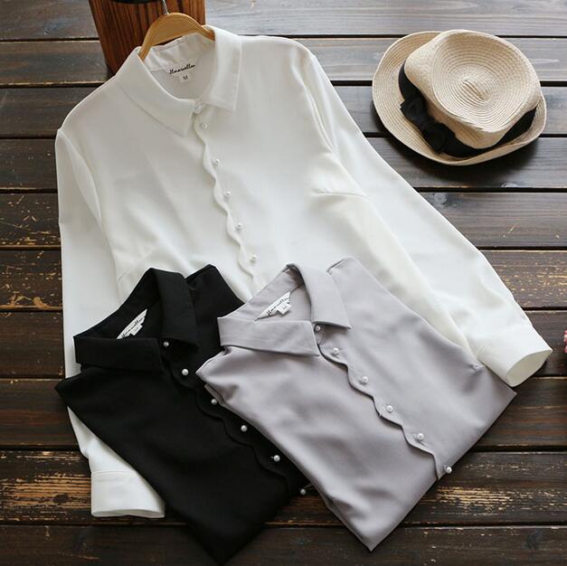 77483bd7422 Твердого Жемчужина пряжки отложным воротником с длинным рукавом белая  рубашка блузка осень женщины мори девушка купить на