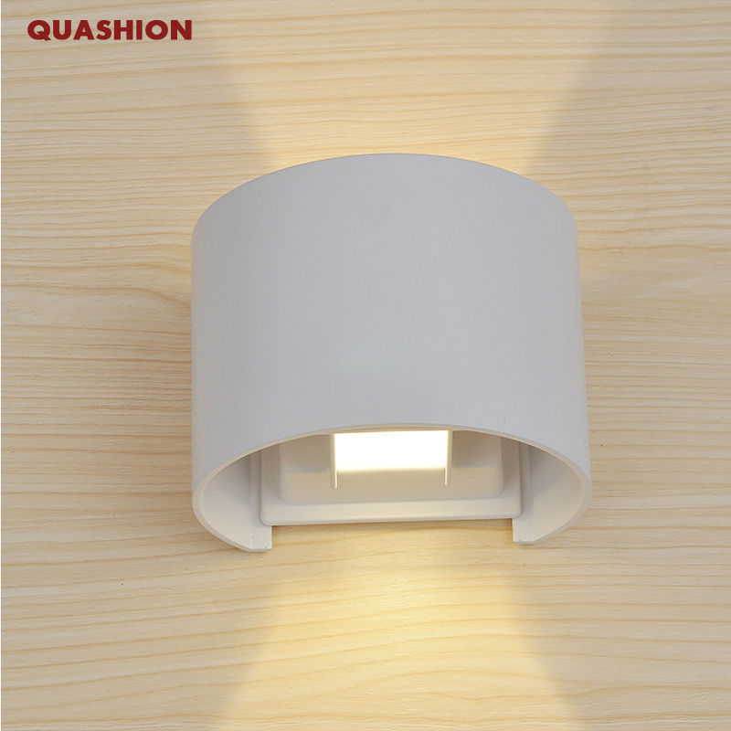 Morden LED indoor Outdoor Waterproof Wall Lamp Surface circular Wall light Aluminum White Up and Down adjustable Wall LampMorden LED indoor Outdoor Waterproof Wall Lamp Surface circular Wall light Aluminum White Up and Down adjustable Wall Lamp